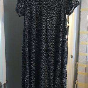 Carly lularoe legging material dress